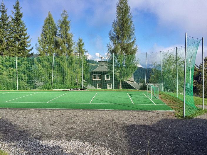 Fußballplatz-Schlani