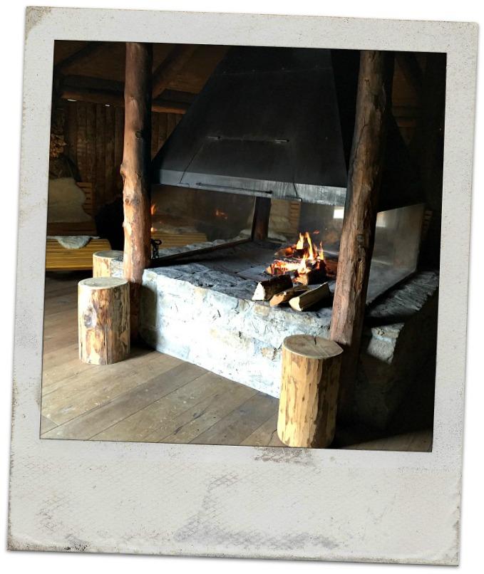 Arosea_Suedtirol-Feuerstelle
