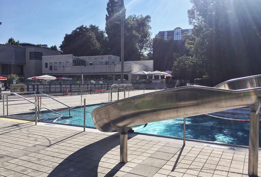 Schwimmbad-Muenchen