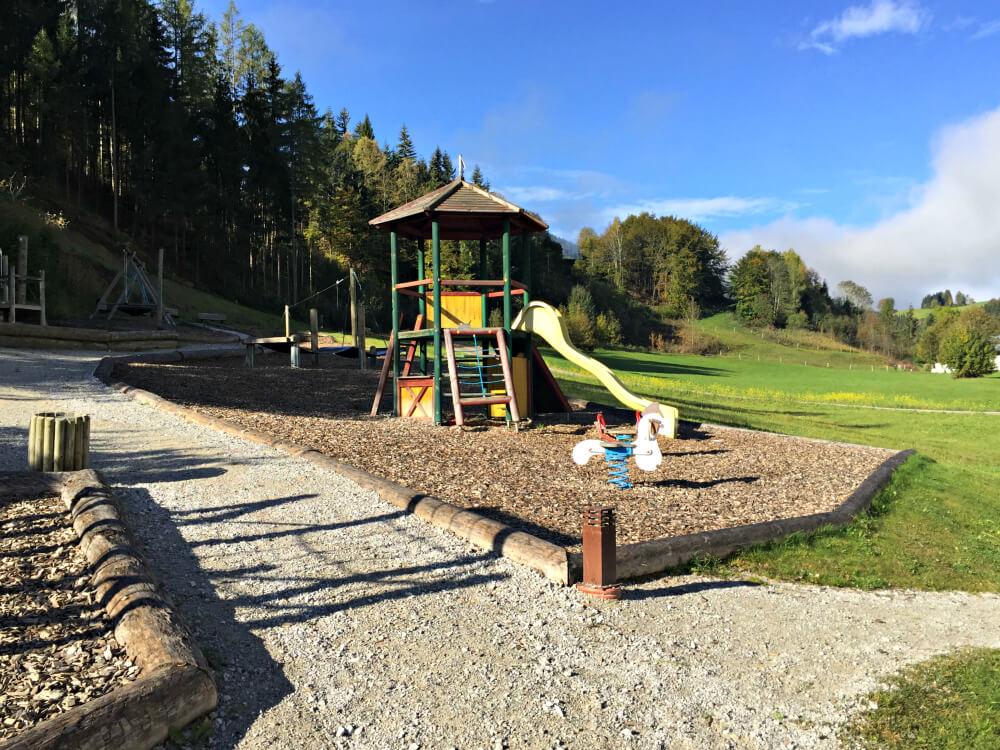forsthofgut-minigut-spielplatz