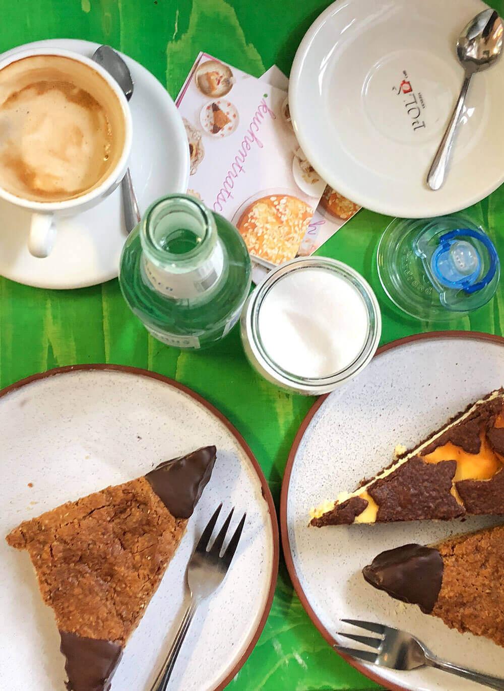 Kuchen essen in München bei Kuchentratsch