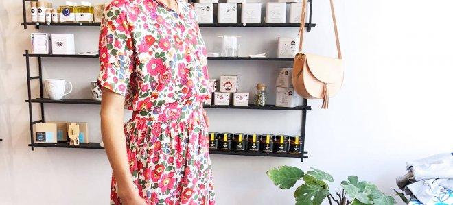 Kleid mit Blumenmuster aus dem lemoni Store München