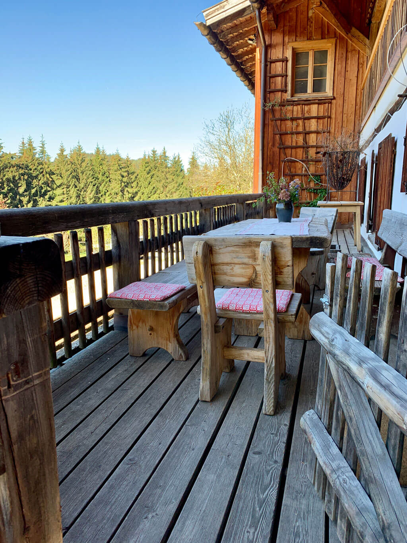 Das Schindelhaus auf dem Ansitz Hohenegg für zwei Familien